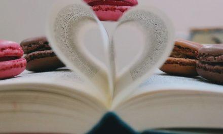 Zaginanie stron w książce – dlaczego wciąż to robię?