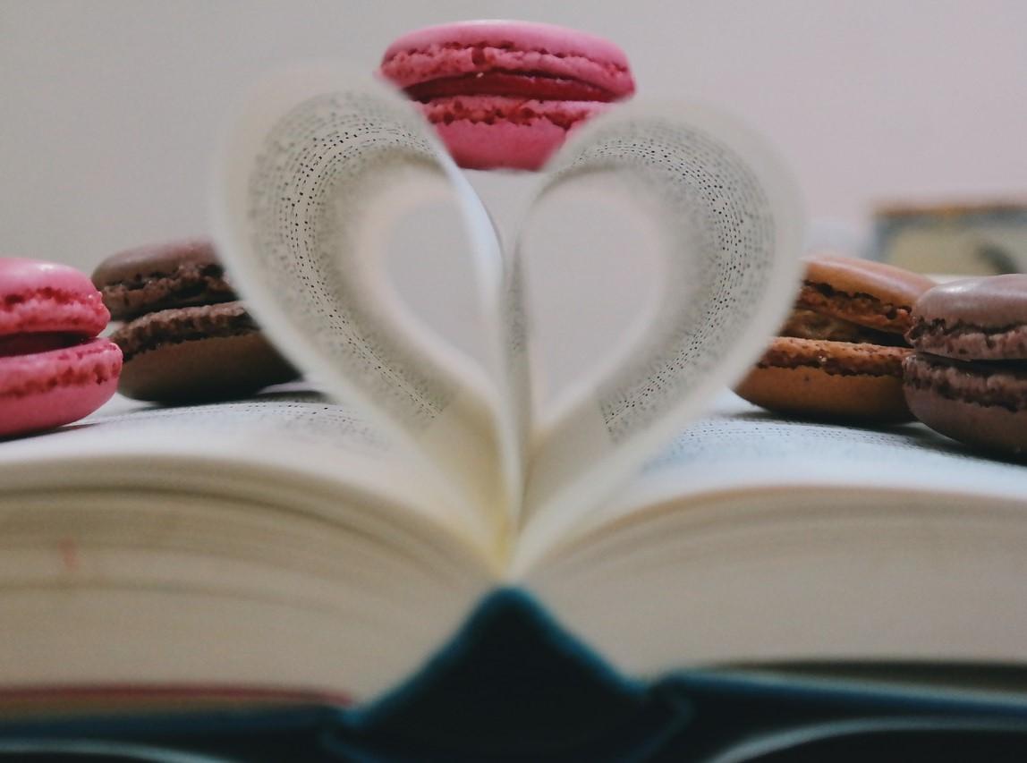 zaginanie stron w książce