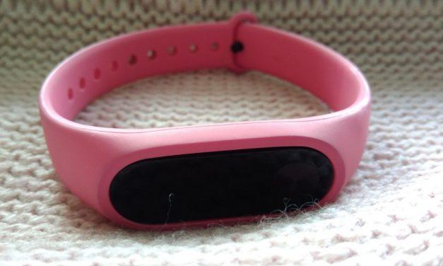 Xiaomi Mi Band 2 – czyli jak mąż przykuł mnie do łańcucha