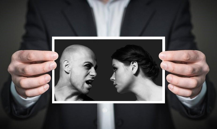 Czy usuwać ze znajomych osoby, które mają inne zdanie?